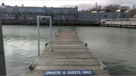 A pier at the Port Washington Marina