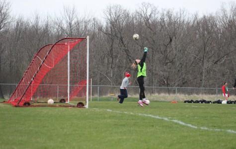 Girls soccer gains momentum for playoff run