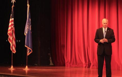 Sen. Johnson visits Ozaukee County in preparation for 2016 election