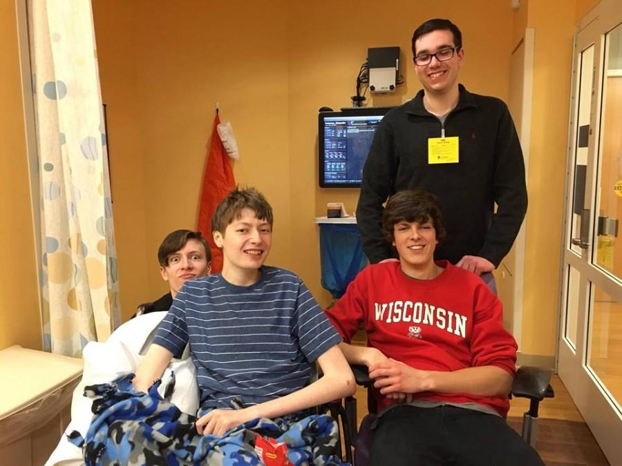 Jake+Schaum%2C+Matt+Kalkhoff%2C+and+Ethan+Gilerovich%2C+seniors%2C+all+came+to+visit+Alex+before+going+into+surgery.
