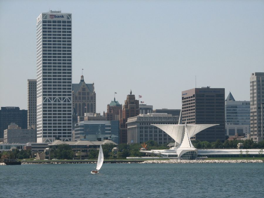 The+Milwaukee+skyline+is+getting+a+new+addition%3A+the+Northwestern+Mutual+Building.+Used+with+permission+from+Creative+Commons.+