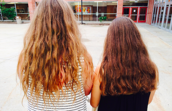 Fight the frizz with these 5 easy summer hairstyles