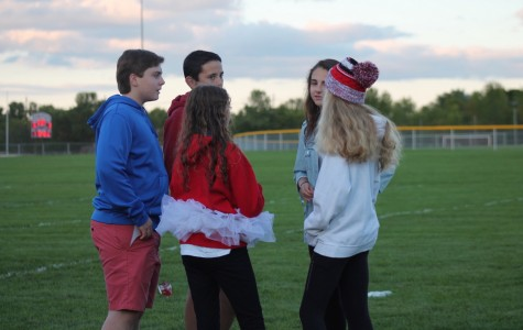 Link Crew leads Freshman Tailgate, promoting school spirit