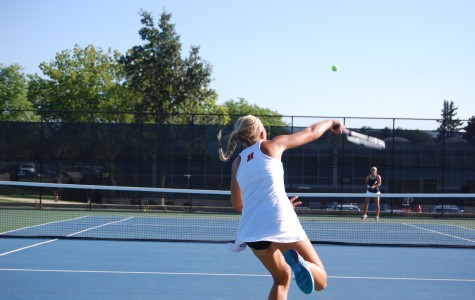 Varsity tennis places second at sectionals