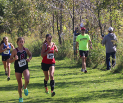Abbie Ravanelli, sophomore, finishes strong at the UW Parkside cross country meet on Saturday, Sept. 30.