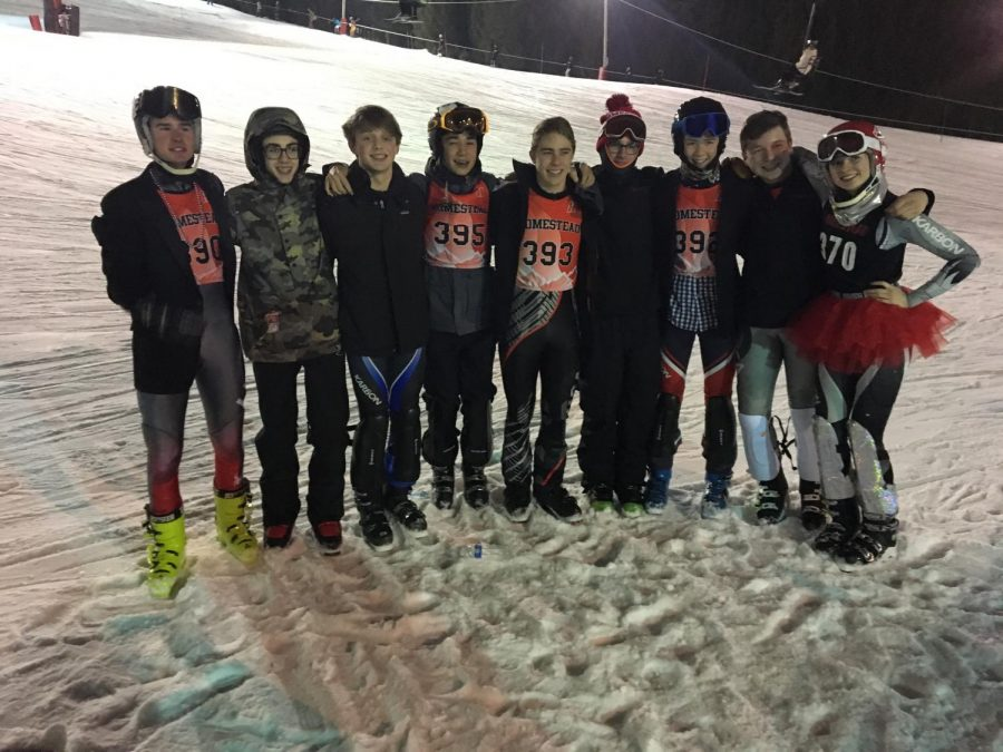 Ski+team%27s+State+qualifiers+gather+together.+