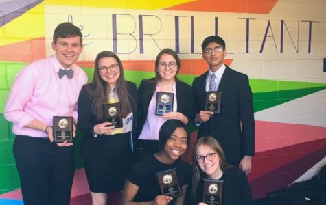 Homestead forensics competitors qualify for national tournament