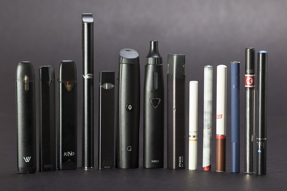 E-cigarettes come in a large variety of different forms and flavors.